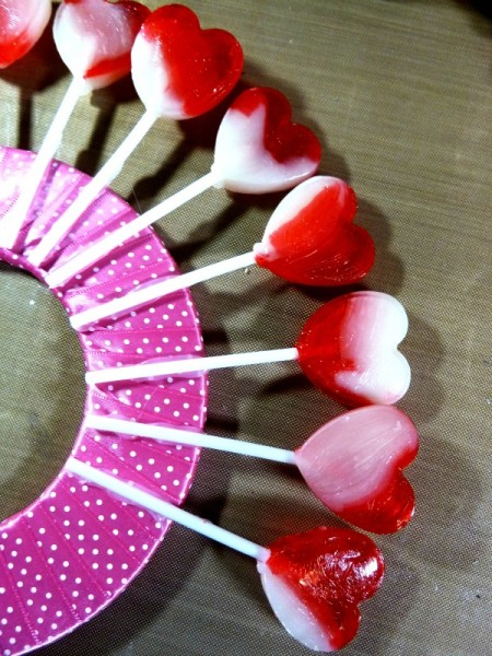 Gluing the lollipops the floral ring