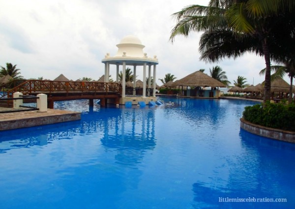 Pool and Gazebo at Now Sapphire Resort