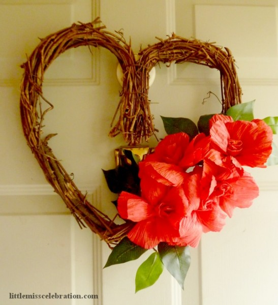 Photo of paper twist rose wreath