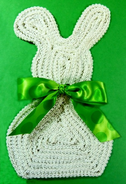 Finished bunny with ribbon bow