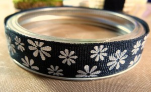 Ribbon on jar lid
