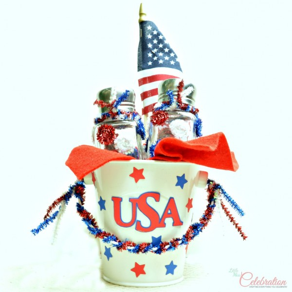 Easy and inexpensive Patriotic Salt & Pepper Shaker Centerpiece - fun project for Mom and kids! So cute! At Little Miss Celebration @CindyEikenberg