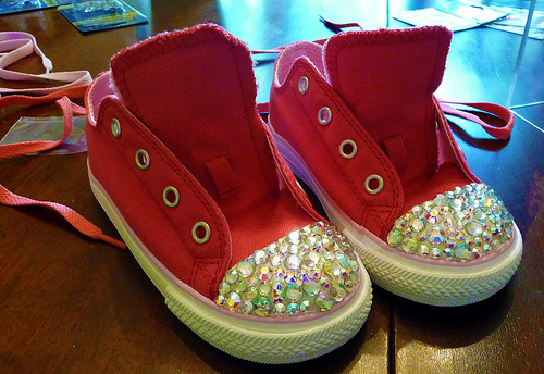 DIY Swarovski Crystal Rhinestone Sneakers by Milk and Cuddles