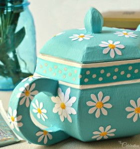 Paper Mache Teapot Box for Mom - fill with tea, a gift card, flowers or more! A special treasure box for Mom from littlemisscelebration.com