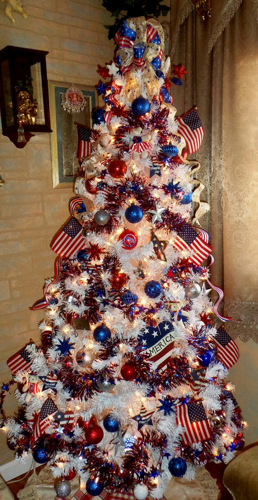 Patriotic Tree from Debbie-Dabble
