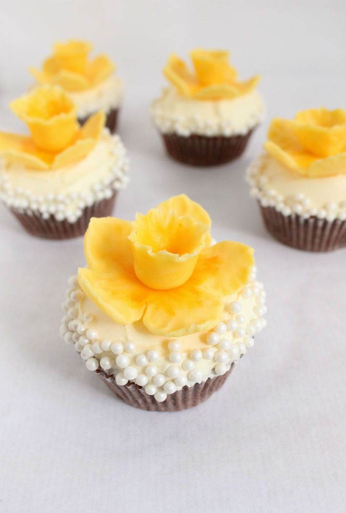 Spring Daffodil Cupcakes from The Simple, Sweet Life