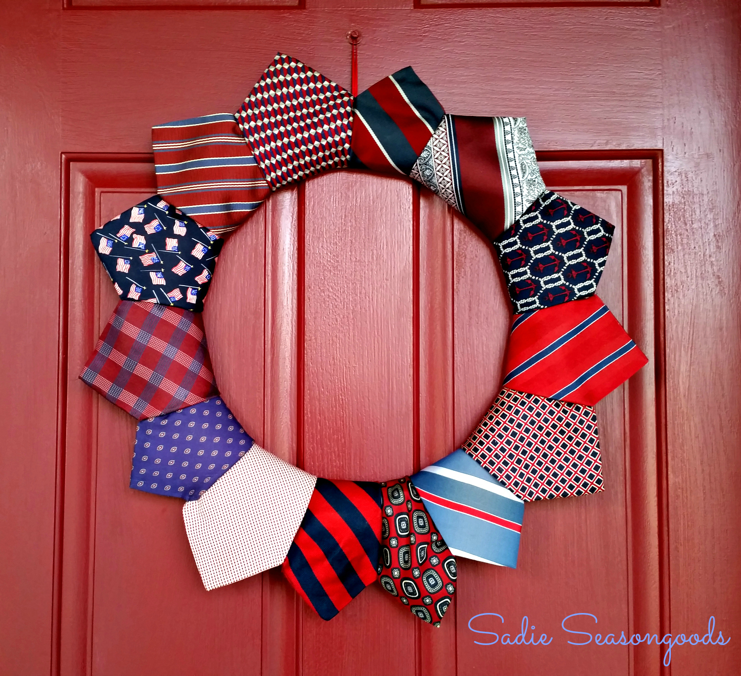 Fly Tie on the 4th of July from Sadie Seasongoods