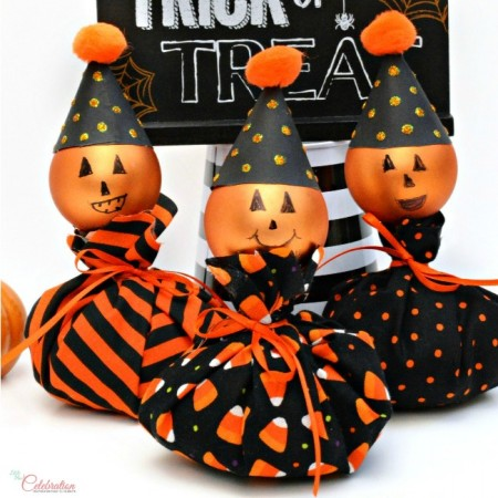 No-Sew Puffy Pumpkin Friends are easy, fun & full of personality! Make some with the kids! From littlemisscelebration.com
