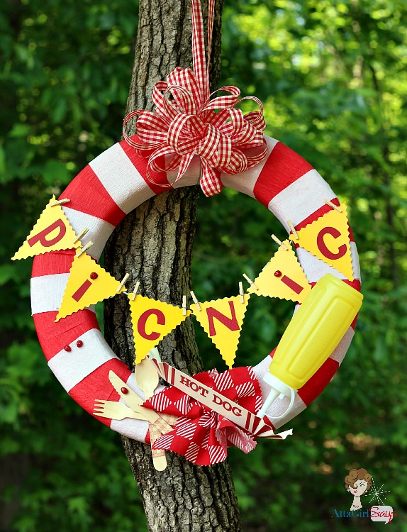 How To Make a Picnic Wreath from Atta Girl Says