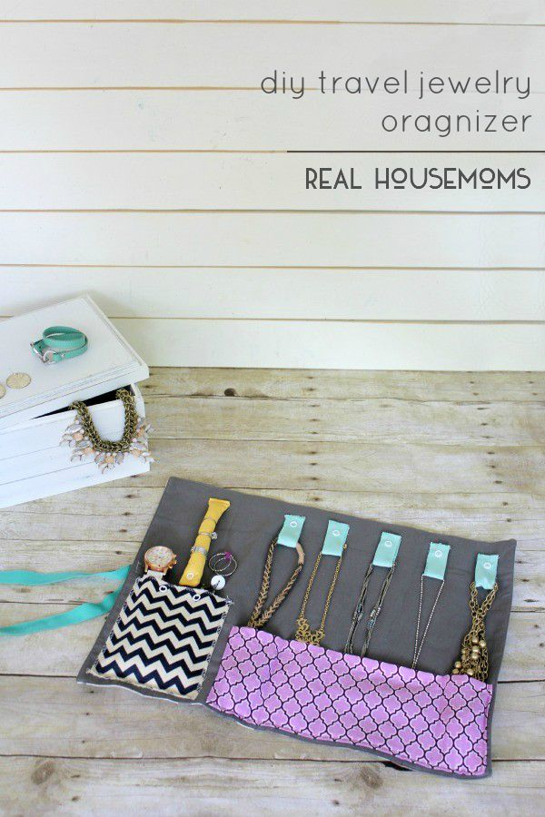 DIY Travel Jewelry Organizer from Real Housemoms