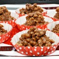 Got 10 minutes? That's all it takes to whip up No-Bake Chocolate Almond Butter Clusters. Get a chocolate fix in a little indulgence that's crunchy and delicious! Lunch box, game day and snack time worthy! Recipe at littlemisscelebration.com