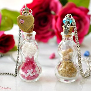 Easy Beach & Bead Apothecary Jar Necklaces