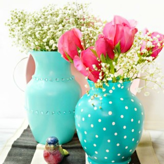 Give A Glass Vase a Makeover!