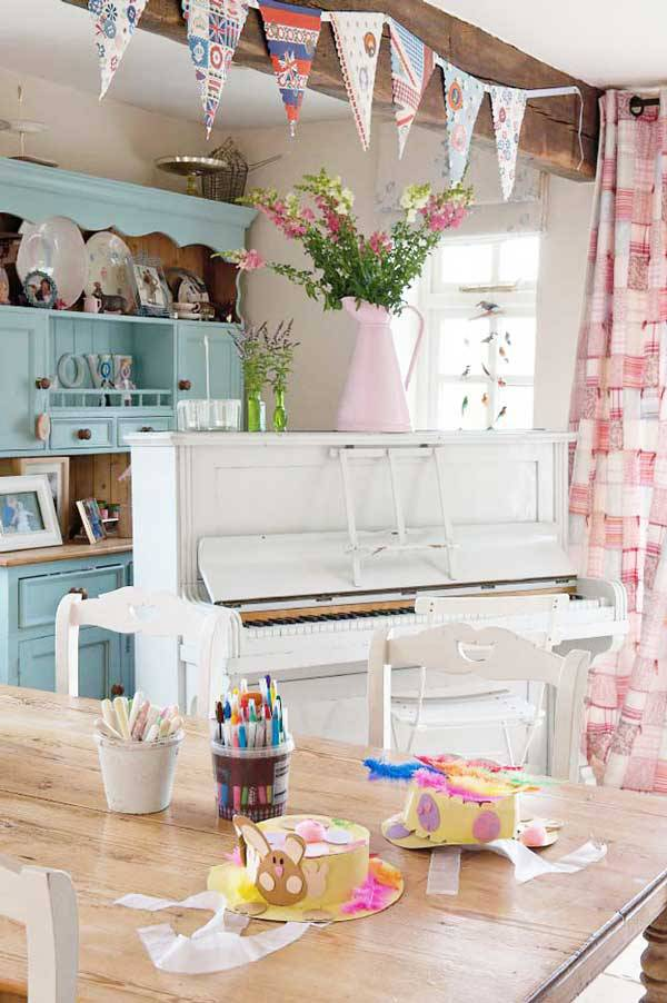 A Fabulous British House Tour from Heart Handmade UK
