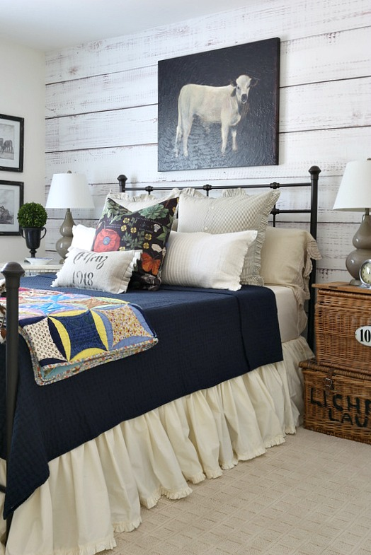 Cozy Fall Farmhouse Style Bedroom from Savvy Southern Style