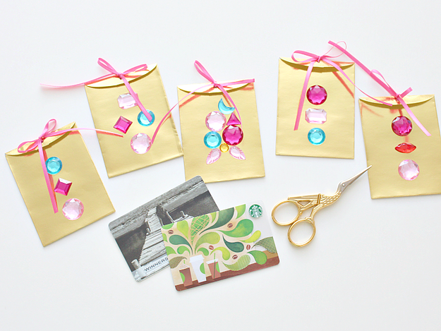 Fancy Gemstone Gift Card Envelopes from White House Crafts