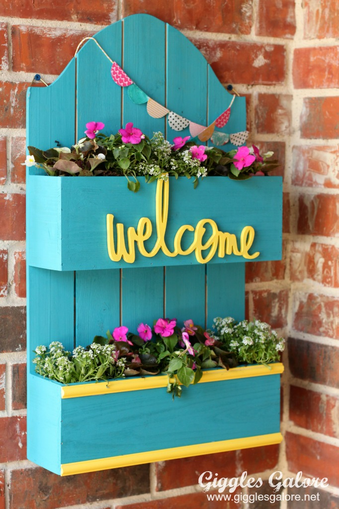 DIY Spring Planter Box from Giggles Galore